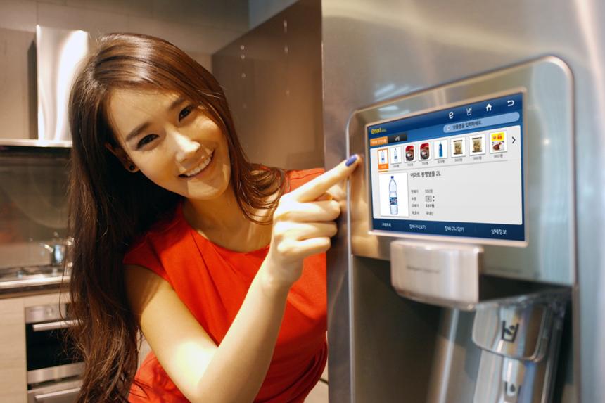 Обзор нового холодильника Samsung RL52TEBIH с нижней морозильной камерой