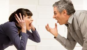 Исследование: ругательства помогают дамам справиться с ПМС