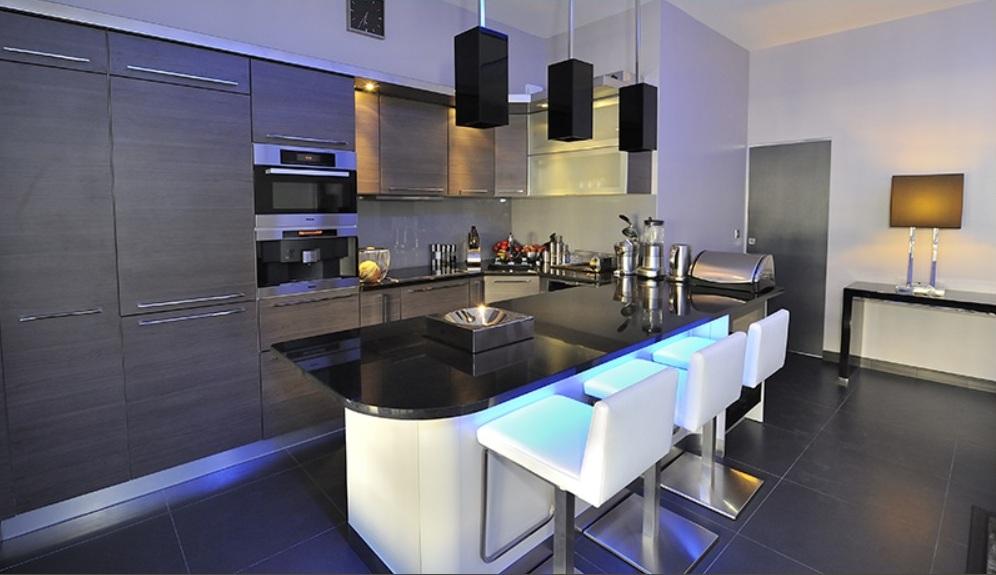 Применение плитки для превращения вашей кухни в шедевр