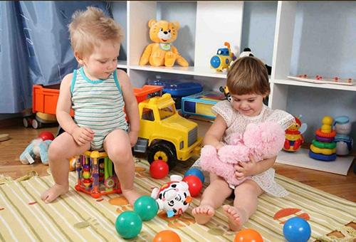 Выбор развивающей игрушки