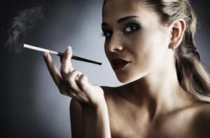 Какая женская привычка неумолимо приближает старость и климакс