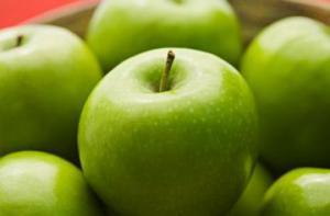 Чтобы избежать рака груди, стоит есть фрукты в подростковом возрасте