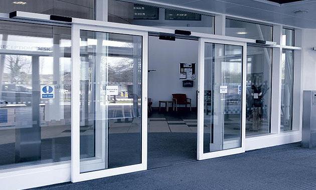 Автоматические входные двери. Виды и преимущества