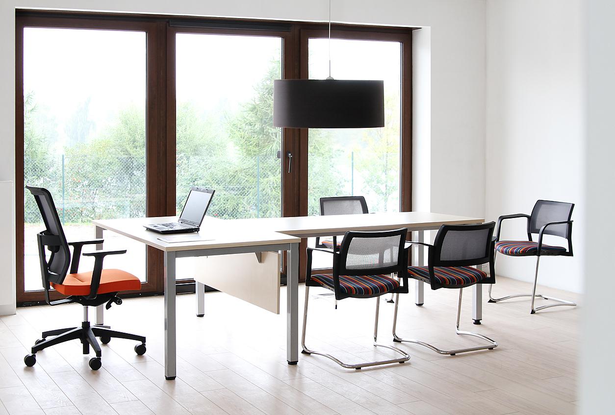 Офис. Несколько слов об офисных стульях